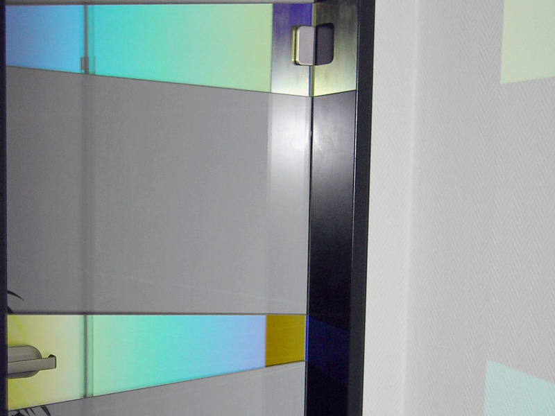 partially color effect on glass doors